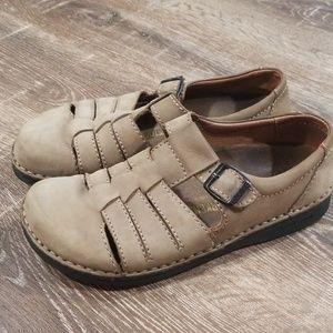 Birkinstock tan leather Mary Janes size 40